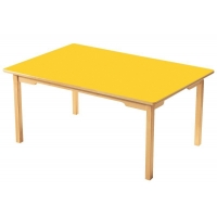 Table en bois rectangulaire